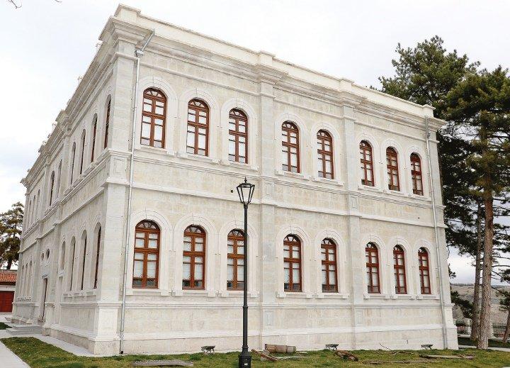 Tarihi binanın adı Prof. Dr. Fuat Sezgin Safranbolu Bilim ve Sanat Akademisi oldu